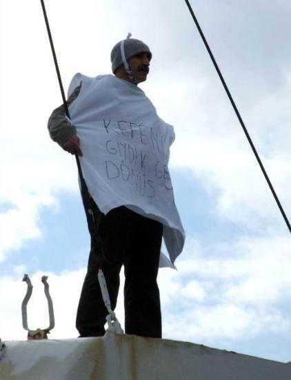TEKEL İŞÇİLERİ ŞİMDİ DE VAPURDA 13/01/2010