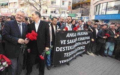 ZAFER TAKTİĞİ GANDİ'DEN