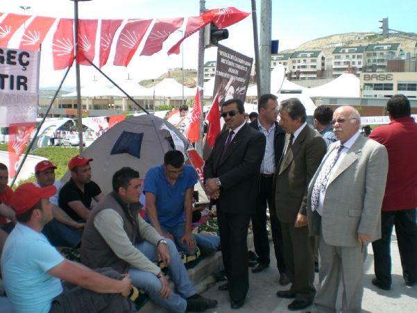 TEKGIDA-İŞ CHP AYDINLIK ORUCU ÇADIRINI ZİYARET ETTİ