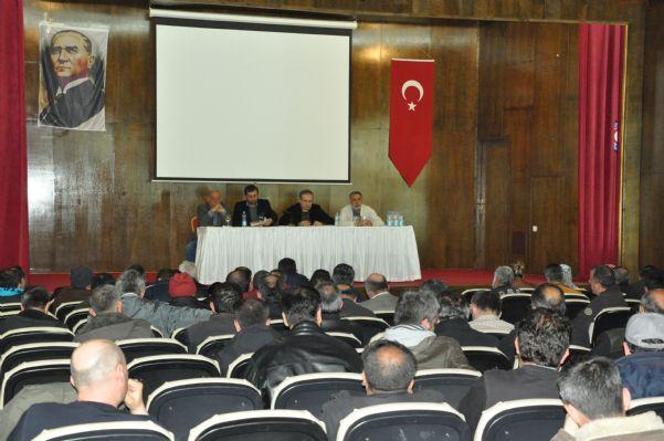 Genel Sekreterimiz Sayın Mecit AMAÇ Bat İşyerinden İşden Atılan İşçilerle Toplantı yaptı. Toplantıdan görüntüler. 15.04.2011