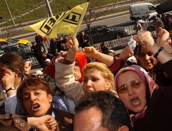 TEKEL İŞÇİSİ 4/C'YE MECBUR BIRAKILDI