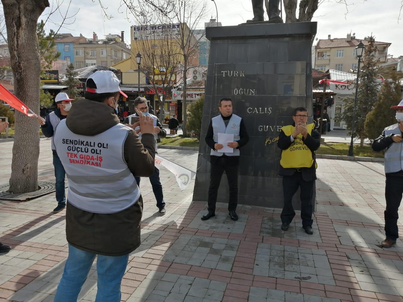 YASA TANIMAZ DÖHLER'İ PROTESTO ETTİK